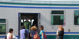 Pendolari sulla FL2 Roma - Tivoli
