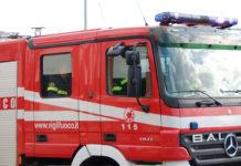Vigili del fuoco intervenuti per un incendio a via Gualandi