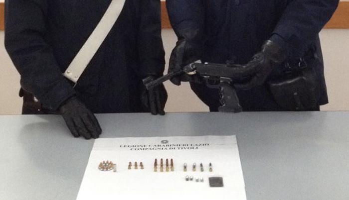 Operazione few minutes, la pistola recuperata dai carabinieri di Tivoli