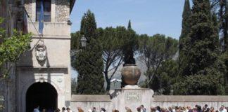 Turismo a Tivoli: coda davanti a Villa d'Este