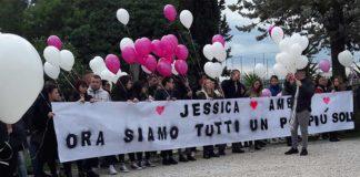 Funerali delle due ragazze di Guidonia
