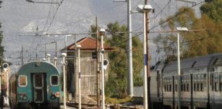 Treno fermo sulla FL2