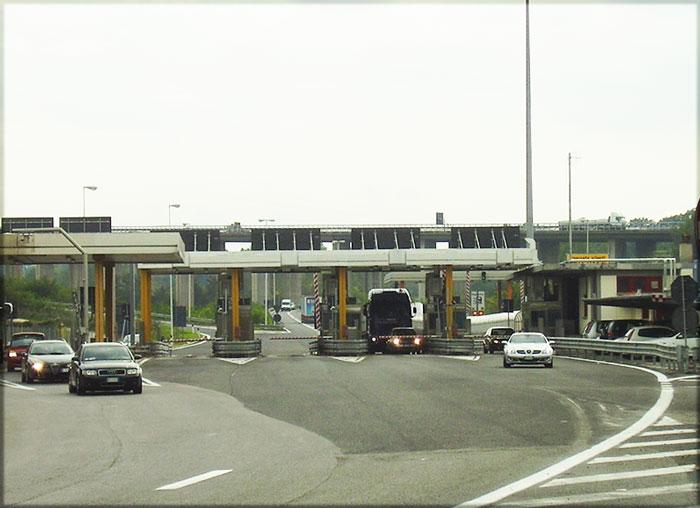 Casello di Tivoli sull'autostrada A24