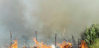 Incendio Tivoli, le foto della montagna complita dalle fiamme