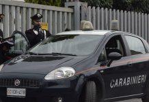 Uomo con machete al Tiburtino fermato dai carabinieri