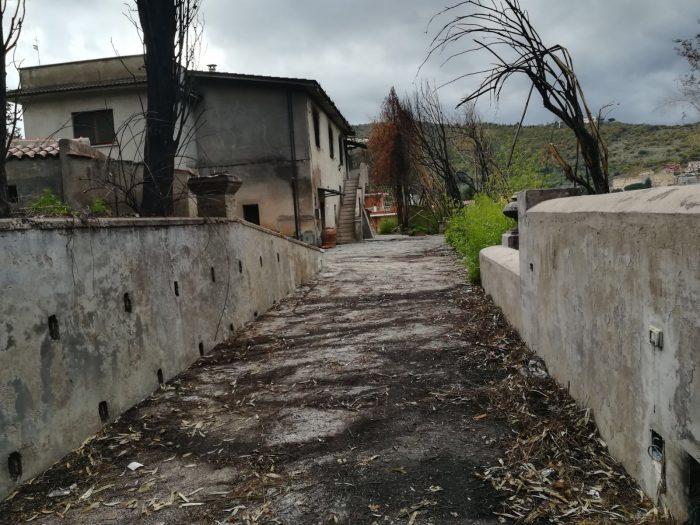 La casa lungo la Tiburtina Valeria dove morirono Ines Scrocca e Rosanna Schianchi