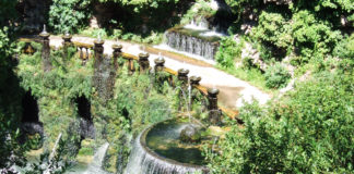 Panoramica della fontana dell'Ovato a Villa d'Este