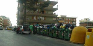 Emergenza rifiuti a via Tiburno
