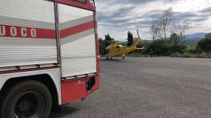 L'eliambulanza ed i vigili del fuoco intervenuti nell'incidente sulla Tiburtina Valeria