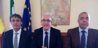 Michel Barbet, sindaco di Guidonia Montecelio, con i nuovi assessori Agostino Bultrini e Antonio Correnti