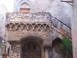 Tivoli, casa Gotica