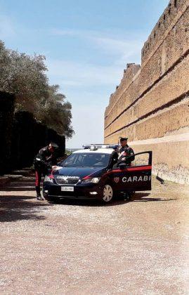 Carabinieri nel sito Unesco di Villa Adriana