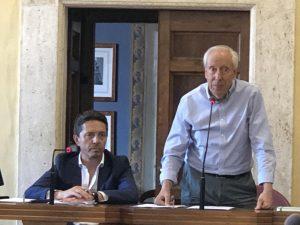 Prende la parola per la prima il sindaco Giuseppe Proietti