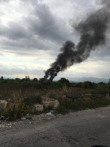 Incendio a Tivoli Terme, all'interno dell'ex polverificio Stacchini