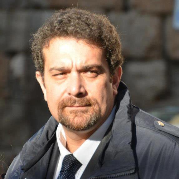 Elezioni tivoli entra in parlamento con andrea ferro for Lavorare in parlamento